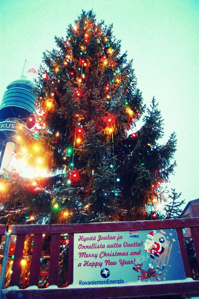 rovaniemi lapland santa claus christmas market (24)