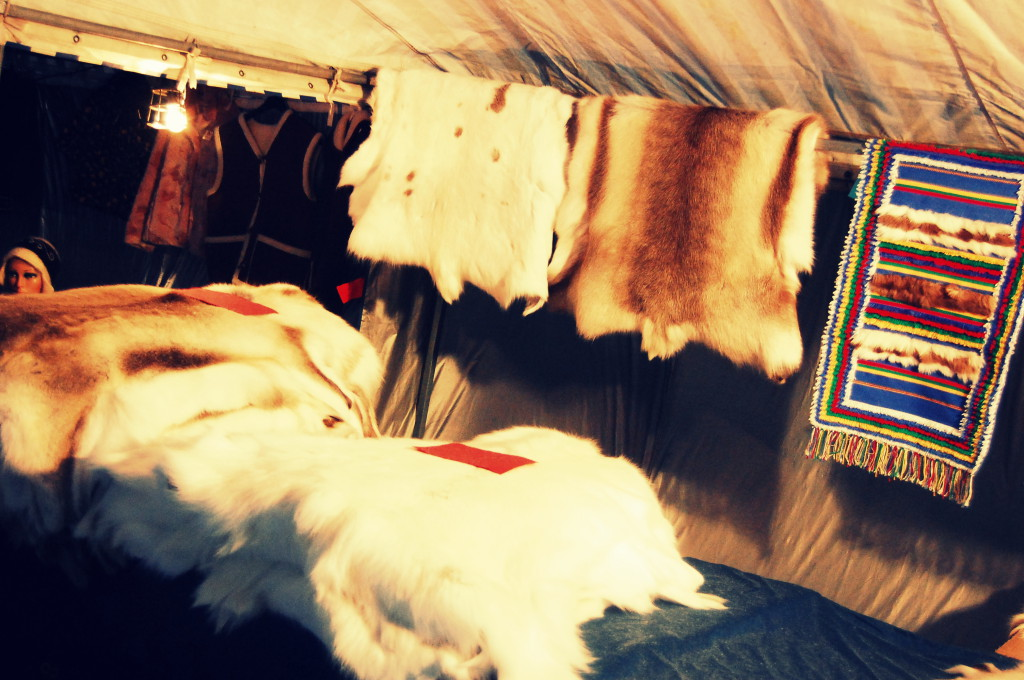 rovaniemi lapland santa claus christmas market (27)