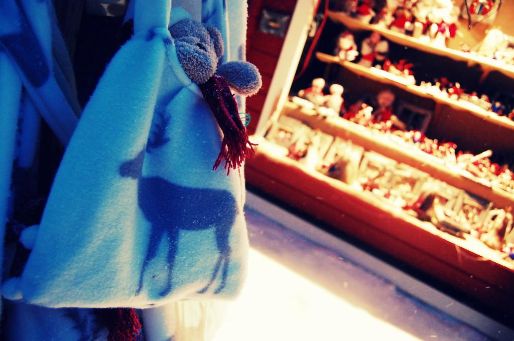 rovaniemi lapland santa claus christmas market (30)