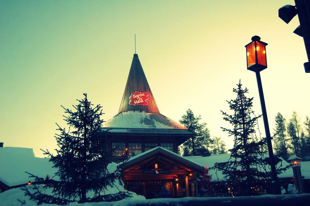 rovaniemi lapland santa claus christmas market (6)